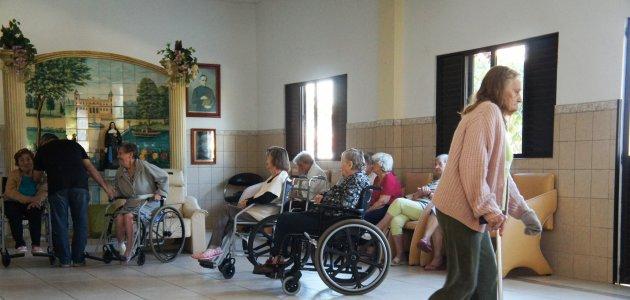 Hoje tem baile em prol do lar de idosos