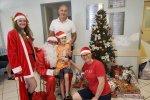 Ação leva brinquedos para crianças em tratamento de câncer
